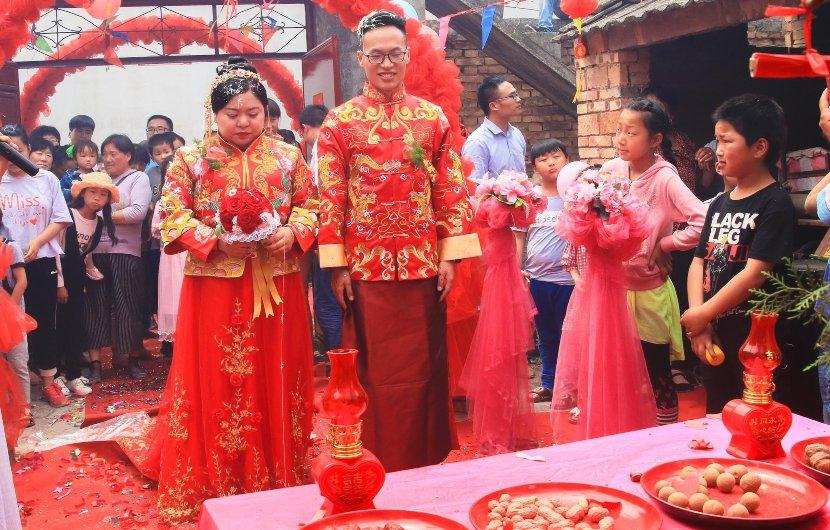 Matrimonio tradizionale in Cina